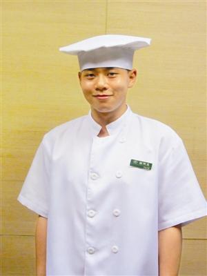 做激情画男性他都v激情十足漫画---深圳晚报橘美食家漫画图片